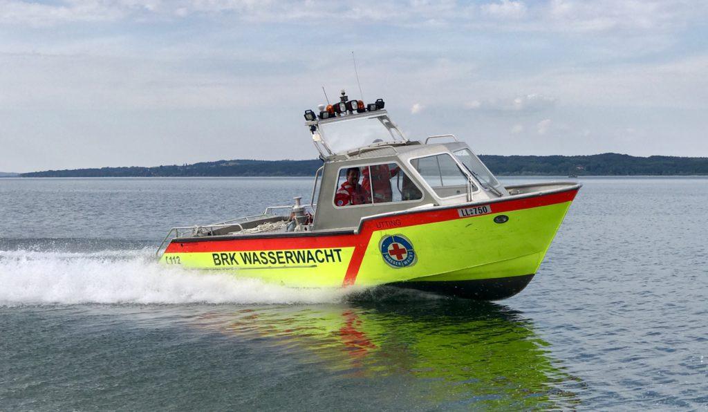 Rettungsboot der Wasserwacht Utting am Ammersee