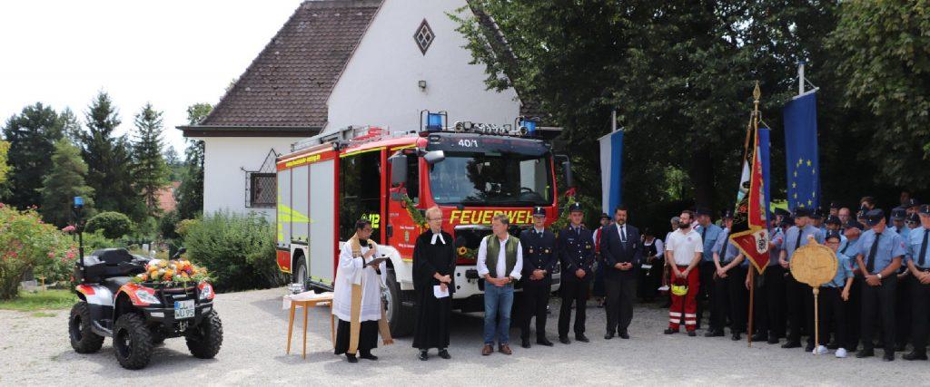 Fahrzeugsegnung Feuerwehr und Wasserwacht Utting
