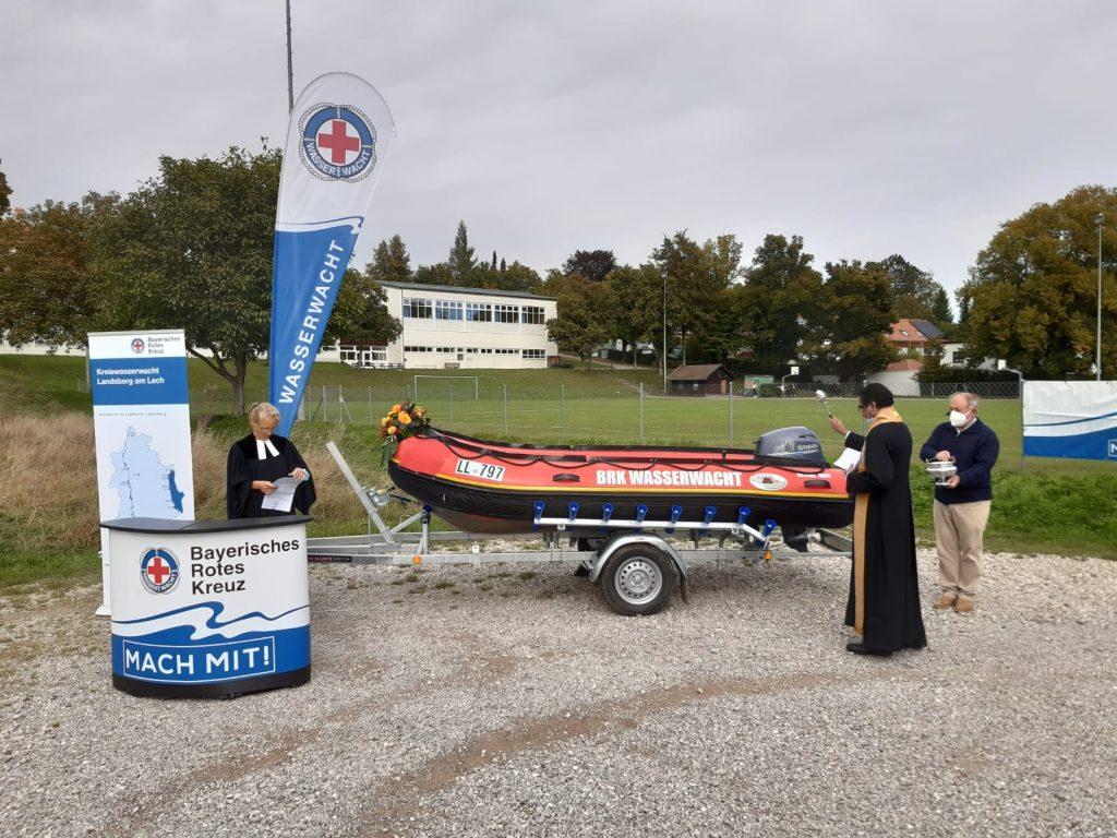 Ökumenische Segnung des neuen Rettungsbootes Elfi in Utting am Ammersee